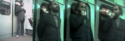 Perelman pris en photo dans le métro à son insu.